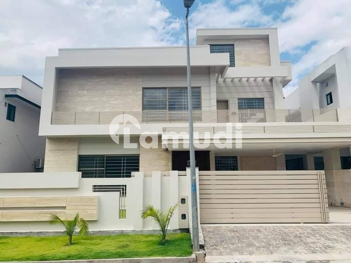 1 Kanal Brand New Splendid Bungalow For Sale - DHA Defence Phase 2