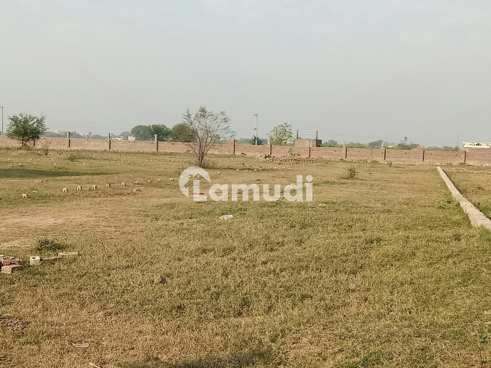 30 Marla Commercial Plot In Others For Sale - Others