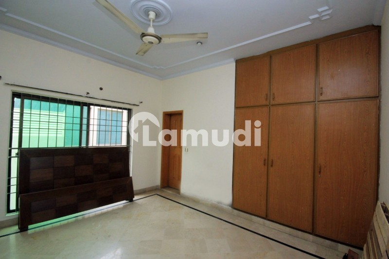 Al Habib Property Offers 1 Kanal Beautiful Upper Portion For Rent In DHA Lahore Phase 4 Block DD - DHA Phase 4 - Block DD