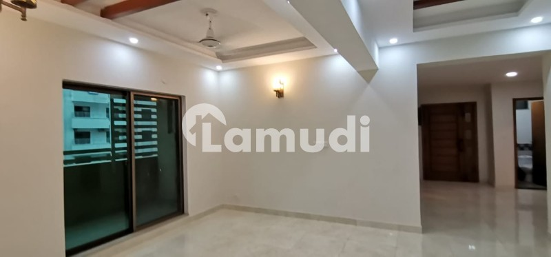 22 Marla Brand New 3 Bedrooms Luxury Pent House For Rent - Askari 11 - Sector B