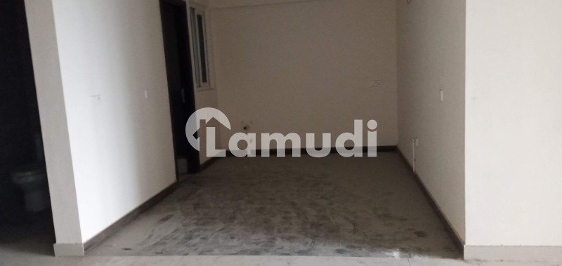 Flat For Sale 4bed DD With Roof New Project - Shaheed Millat Road