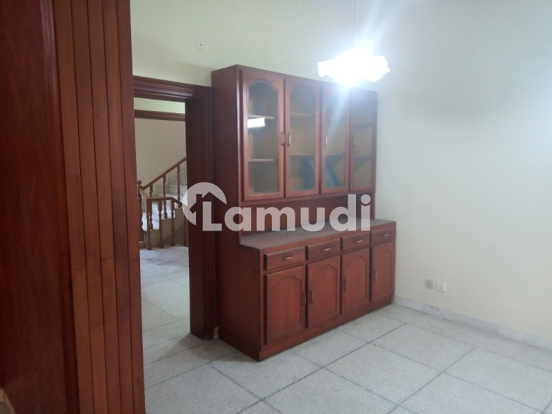 Livable House In Good Condition For Sale - F-11/3