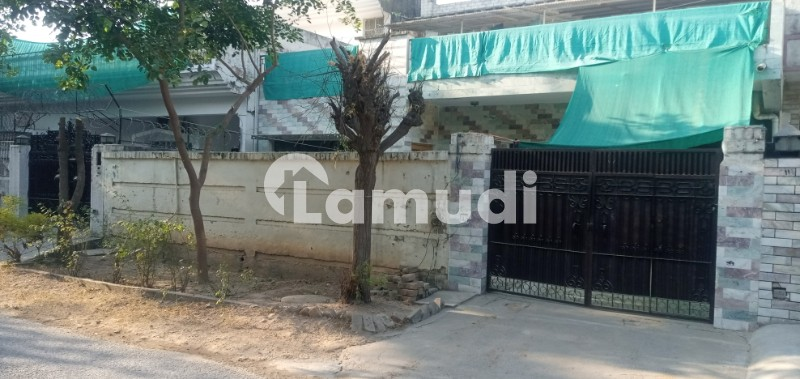 G104 Islamabad Cda Sector House 1193 Size 3570 Good Location House For Sale - G-10/4