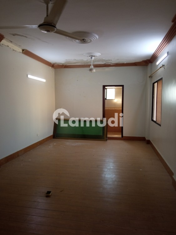 04 Bedrooms 3600 Sqft Penthouses For Rent - Clifton - Block 2