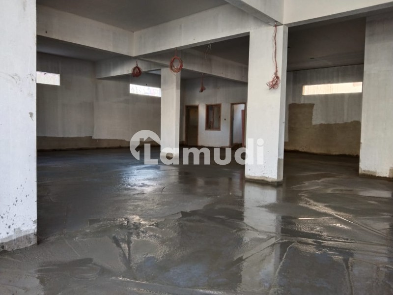 2700  Square Feet Warehouse Available For Rent In Nazimabad - Nazimabad - Block 4