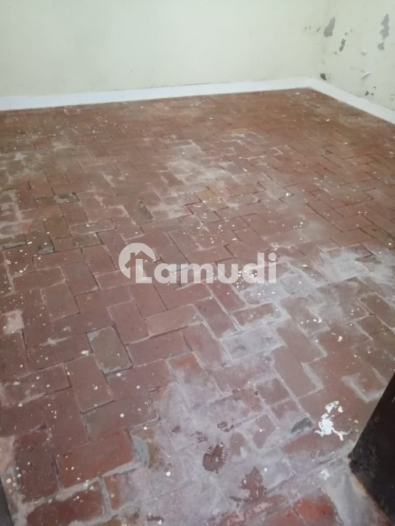 4.5 Marla House Available For Rent In Shalimar Colony  Multan - Shalimar Colony