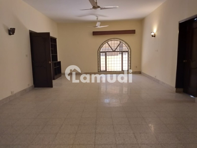 G6 Renovated 6 Beds Double Storey House Available For Rent - G-6