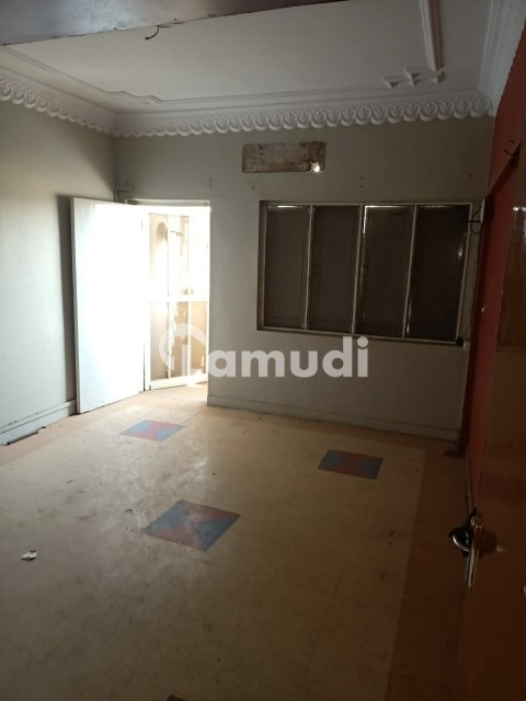 1 Bed With Attach Bath Flat For Rent - Gulshan-e-Iqbal - Block 13/A