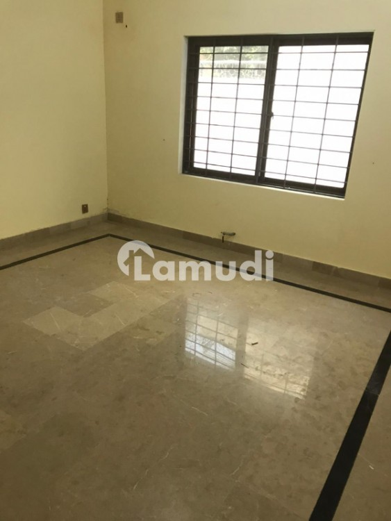 F7  5 Bedroom House With Attached Baths - F-7