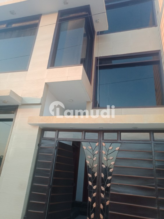100 Yard Independent Bungalow Available For Rent - DHA Phase 7 Extension