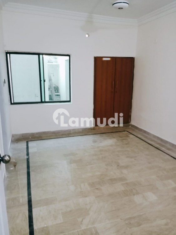 Small Complex Apartment For Rent Available In Clifton Block 5 - Clifton - Block 5