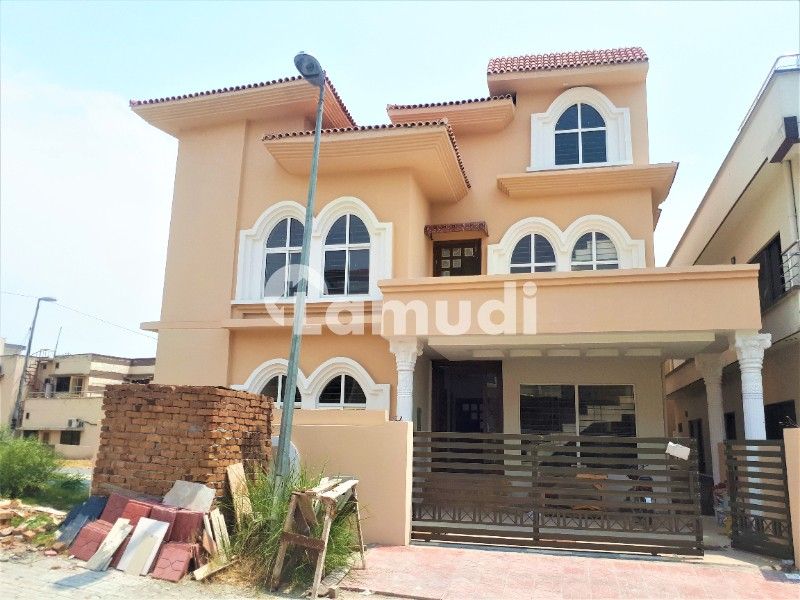 10 Marla Brand New House Available For Rent - DHA Defence Phase 2