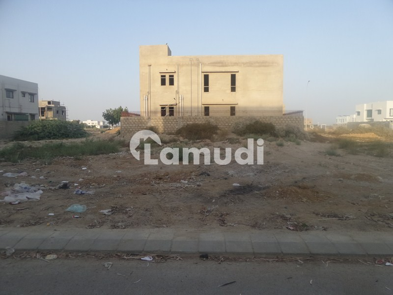 Eminent Sight 1000 Yard Residential Plot Is Up For Sell On 28th Street Of Phase 6 - DHA Phase 6