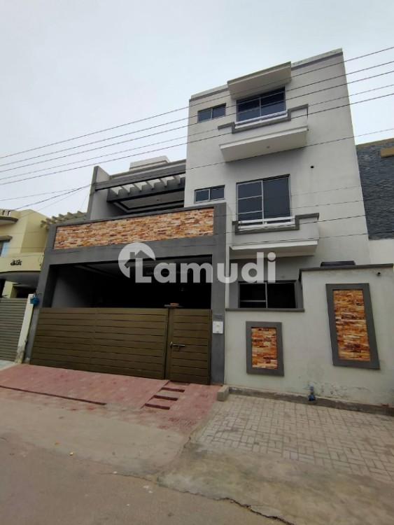 Centrally Located House In Wapda Town Is Available For Rent - Wapda Town Phase 1