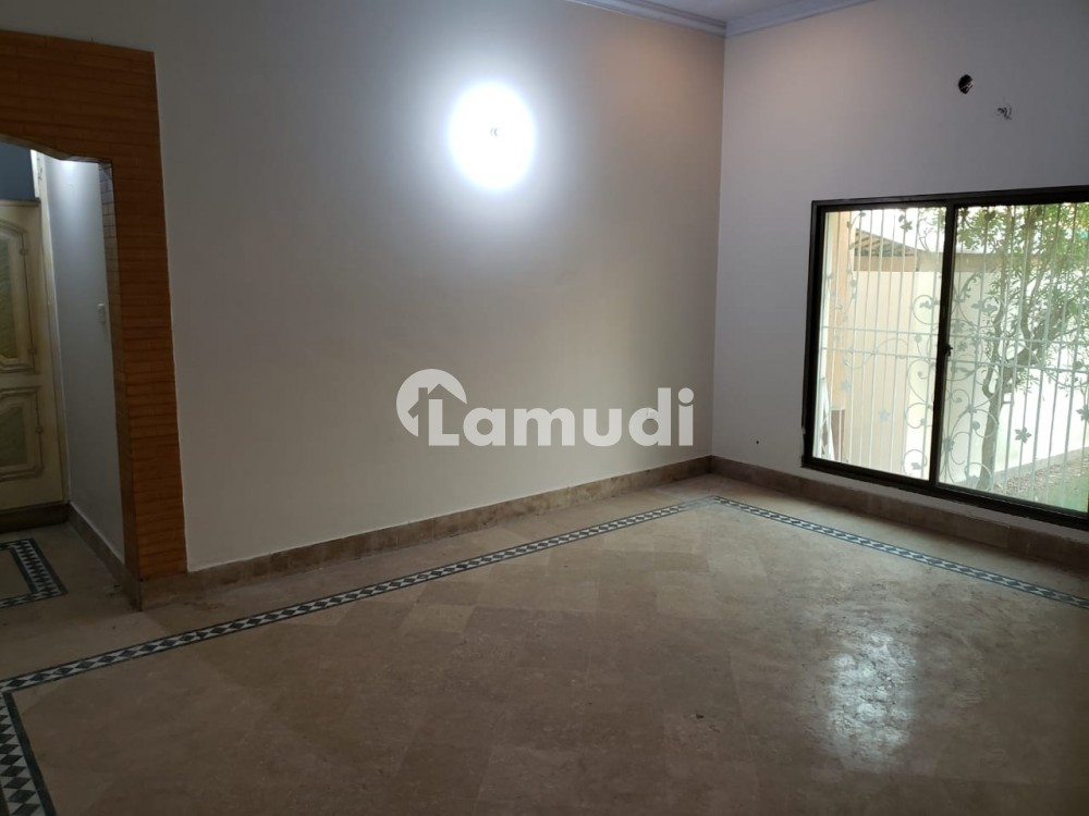 7 Marla House Is Available For Rent - Madina Town