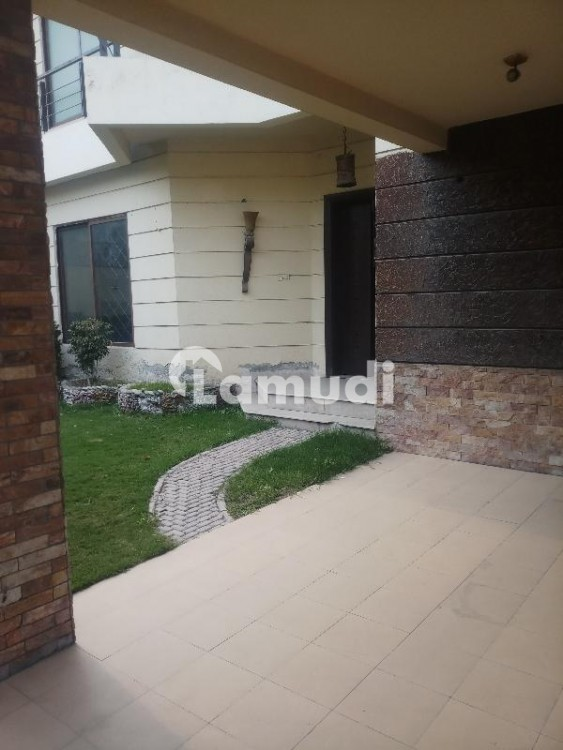 Double Storey  House For Rent - Peoples Colony No 1