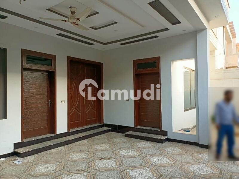 7.50 Marla Double Storey New House For Rent In Wapda Town Phase 1 - Wapda Town Phase 1