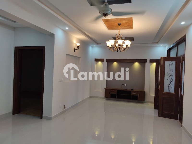 Beautiful 30/60 Full House For Rent - G-13