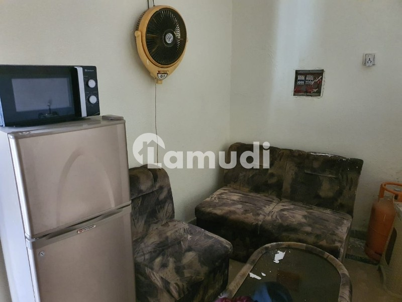 1 Bed Apartment Full Furnished - Bahria Town Phase 8