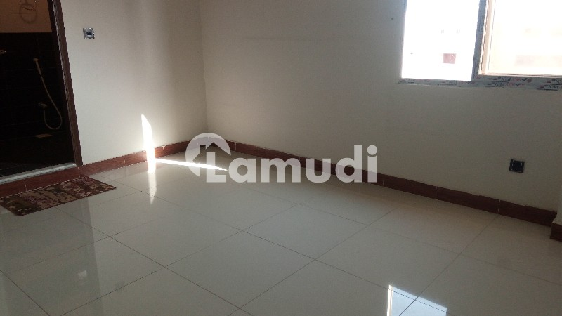3 Bed Rooms Apartment For Rent in Elegance Residency - Clifton - Block 2