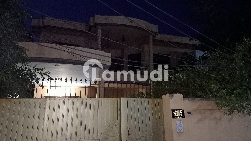 Beautiful Double Storey House (double Portion) Available For Rent At Prime Location Sabzazar Metro Station - Bosan Road