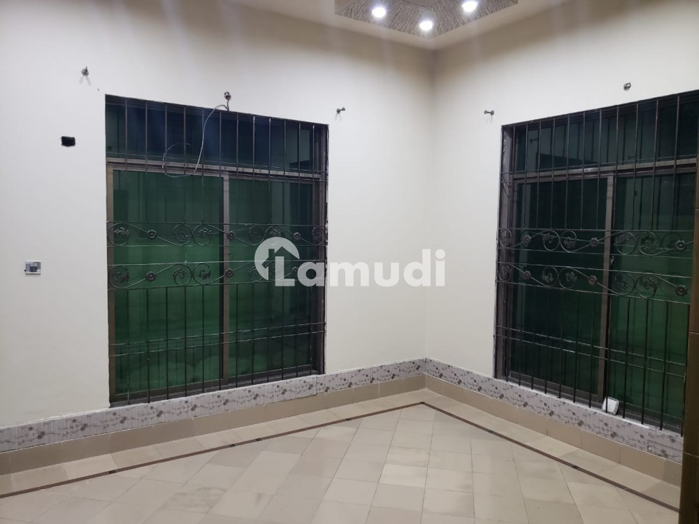 5 Marla House In Central Madina Town For Rent - Madina Town