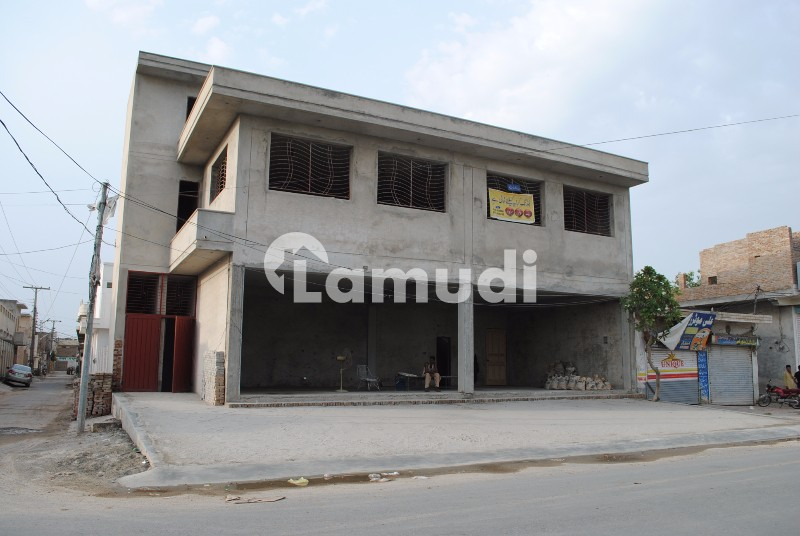 Commercial Building For Rent - Model Town B