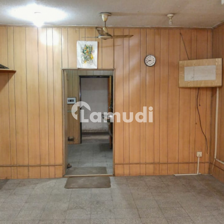 Office For Sale On Mall Road Rehman Plaza Opposite (CCP Office) - Mall Road