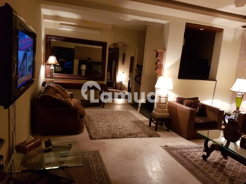 Cantt 7 Marla Flat At Prime Location For Rent - Cantt