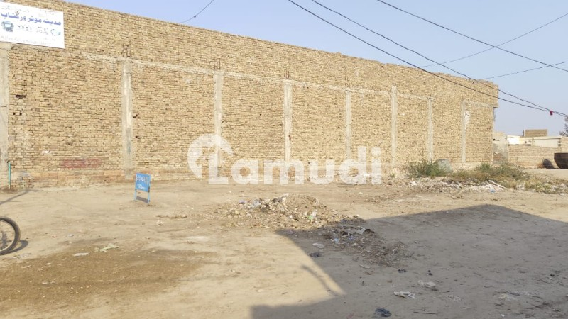 Plot Is Available For Sale - Allahabad Road