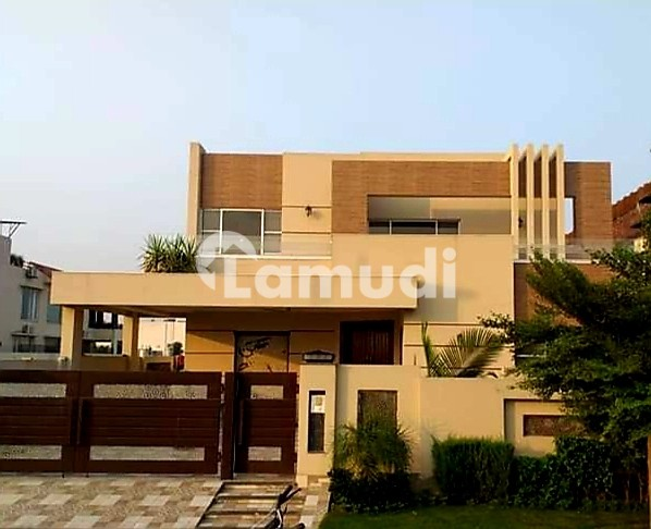 500 Sq Yard Bungalow For Rent - DHA Phase 6