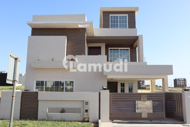 Brand New 10 Marla Boulevard House For Rent - Bahria Town Phase 8 - Sector F-1