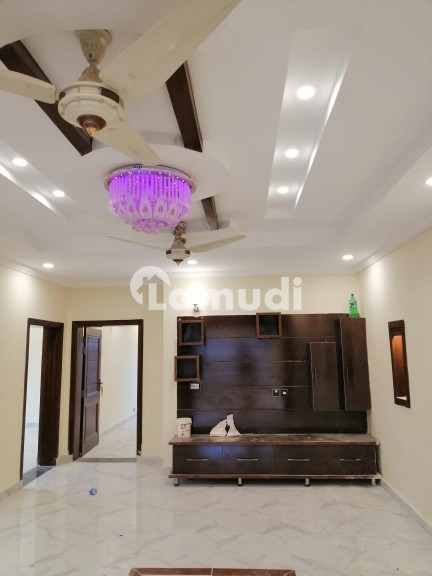 10 Marla Brand New House For Rent - Bahria Town Phase 5