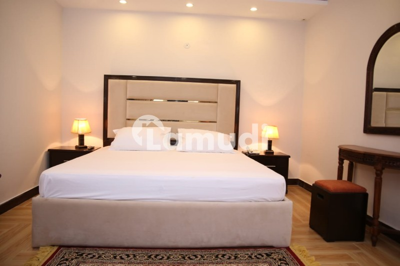 Luxurious Furnished An Independent Serviced Apartment Comprises 2 Master Bedrooms - Gulberg 5