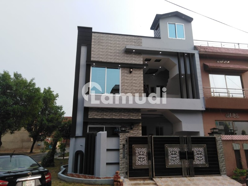 5 Marla Double And Half Storey Corner House Is Available For Sale In Topaz Block - Park View Villas - Topaz Block