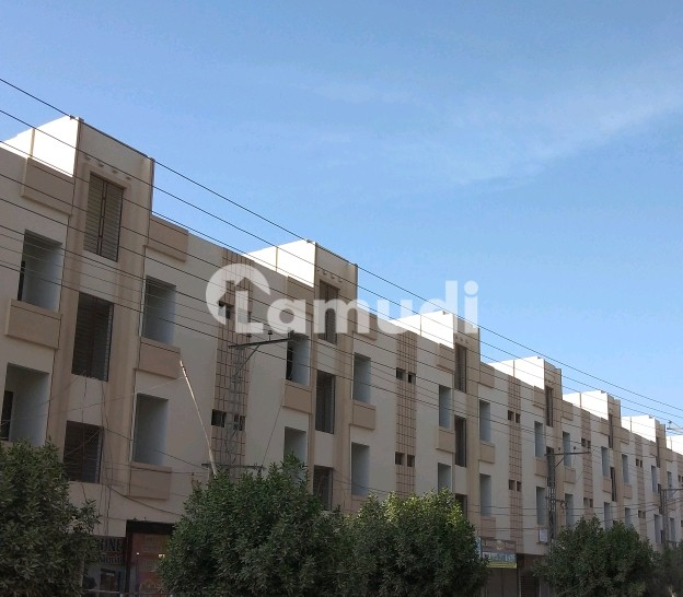 4 bedroom flat for sale in kings crystal bungalows