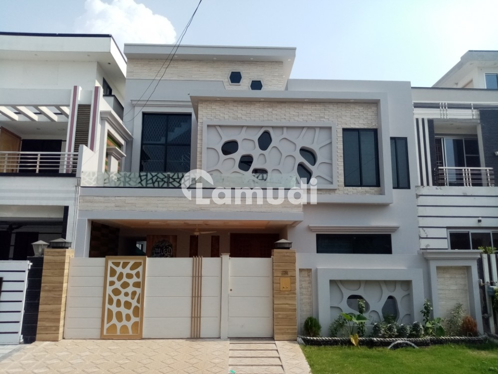 10 marla house for sale in garden town