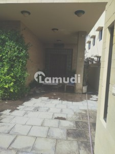 House For Rent - D H A Phase 6 Karachi Pakistan