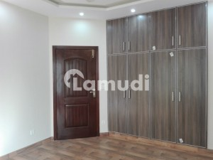 5 Marla House In Paragon City For Rent