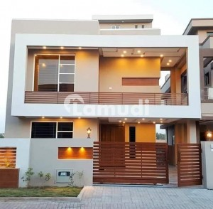 10 Marla Independent Full House Available For Rent In Gulraiz
