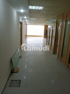G10 SEMIFURNISHED 4000 SQFT HALLSPACE FOR RENT