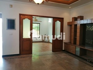 10 Marla Double Unit House Is Available For Rent