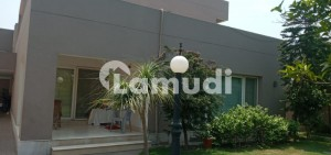 2 Kanal Very Well Maintained House Model Town