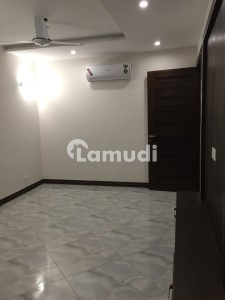 Luxury Apartment Available For Sale