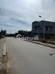 Bahria Town Phase 8 Sector F1 Plot For Sale On Reasonable Price.