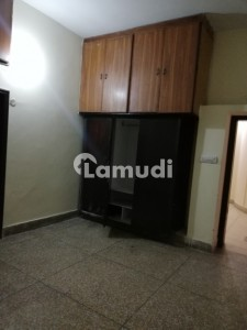 One Kanal Lower Portion For Rent In Mustafa Town