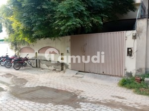 Double Storey Beautiful House Available For Rent At Faisal Colony Okara
