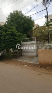 North Nazimabad Building Sized 4050  Square Feet