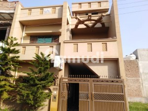 5 Marla House With All Facilities, Gass, Electricity And Water