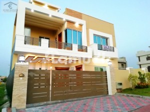 Designer 10 Marla Front Open House For Sale In Bahria Town